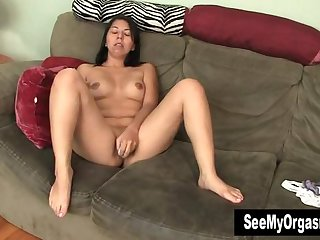 Horny Asian Vibrating Her Clit For Orgasm