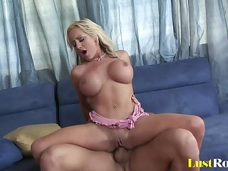 Amazing anal banging with the horny..